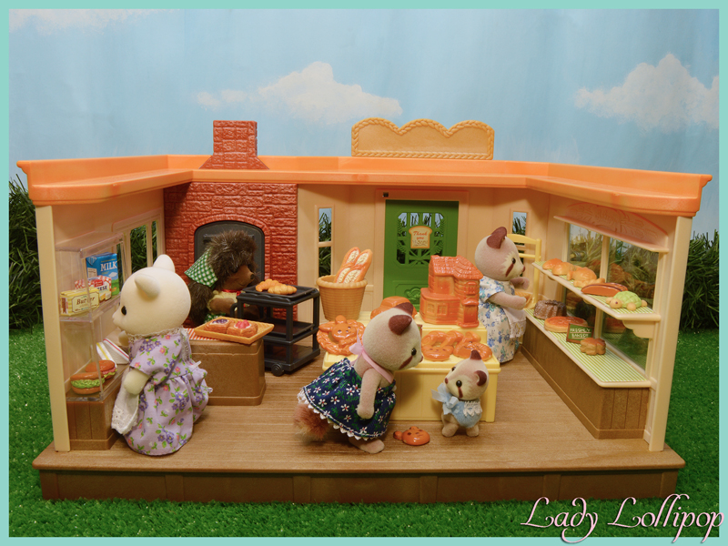 Sylvanian Families Brick Oven Bakery filled with clients