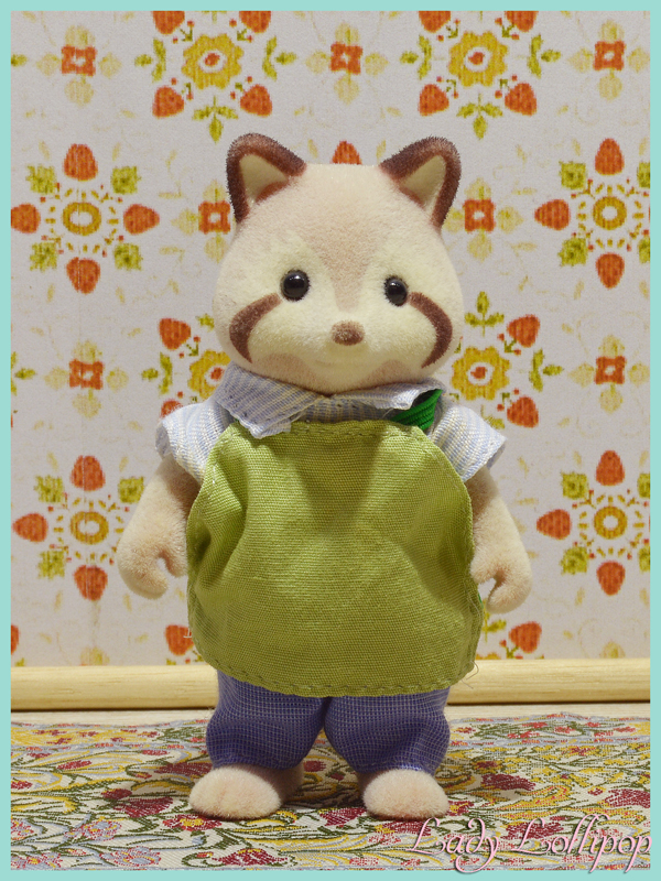 Sylvanian Families Mulberry Raccoon Toymaker Set Uncle